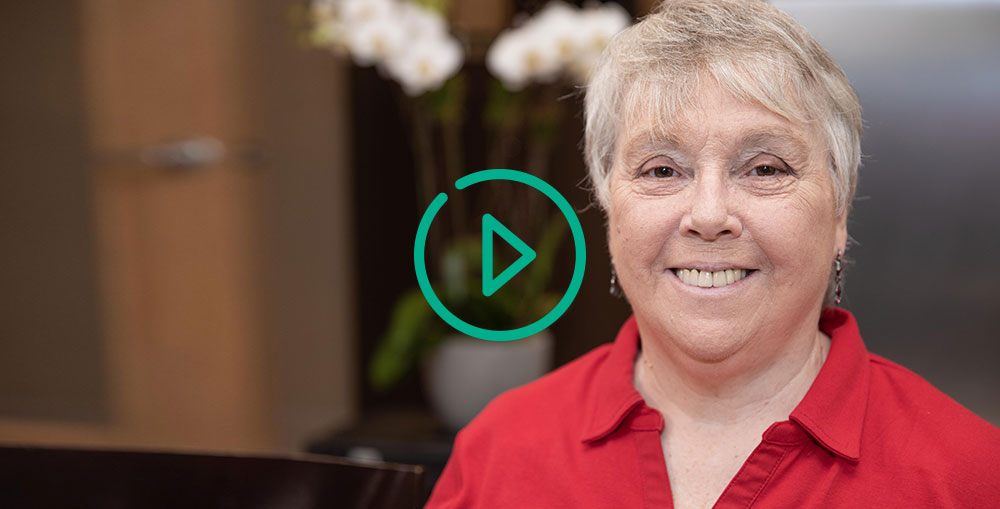 diane talking about her experience with sinus lift and dental implants NY