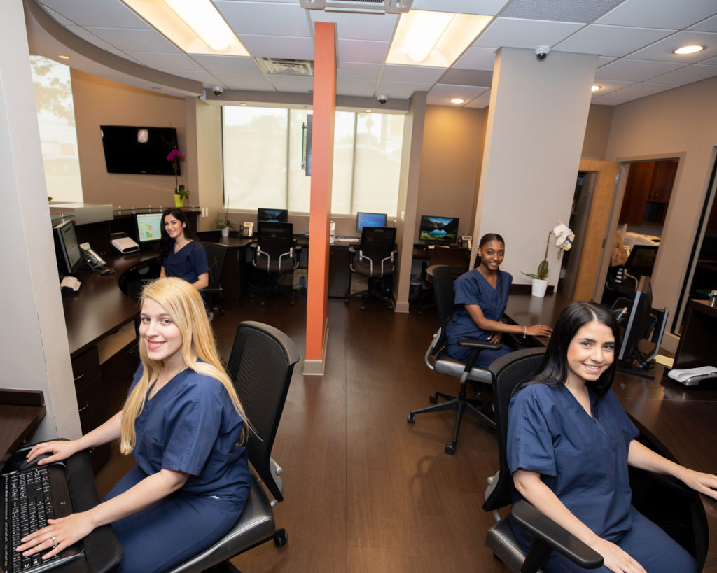 leading edge oral surgery team